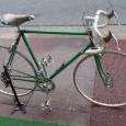ゴールデンウィークも、あと数日となりました。 お天気も快晴とまではいきませんが、雨が降らないだけでも、自転車乗りにはありがたいですね^^ また、この連休中にもたくさんのお客様に御来店頂き、誠に感謝しております。本当にあり […]