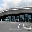 こちらはGIANTの会場、横浜大さん橋ホール! 2015年モデルのイメージは、「GIANT・・・カッコよくなってる・・・!!」でした。    GIANTのエアロロードシリーズ!カラーリ […]