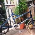 今回、ご紹介するのは、街でよく見かけるミニベロとは一味違う自転車です。 最近、ビアンキのミニベロを、名古屋市内では本当によく見るようになりました。しかし、このpisa sportsは、まだあまり見かけることがありません。 […]